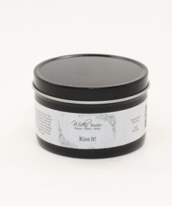black tin candle kiss it 8oz