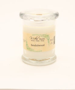 status candle sandalwood 8oz