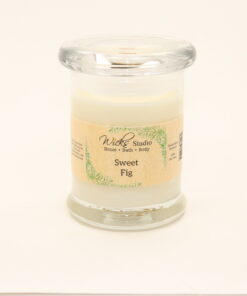 status candle sweet fig 8oz